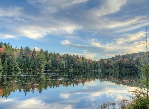Aux Berges du Lac Castor en Visite Virtuelle 360 & Vidéo